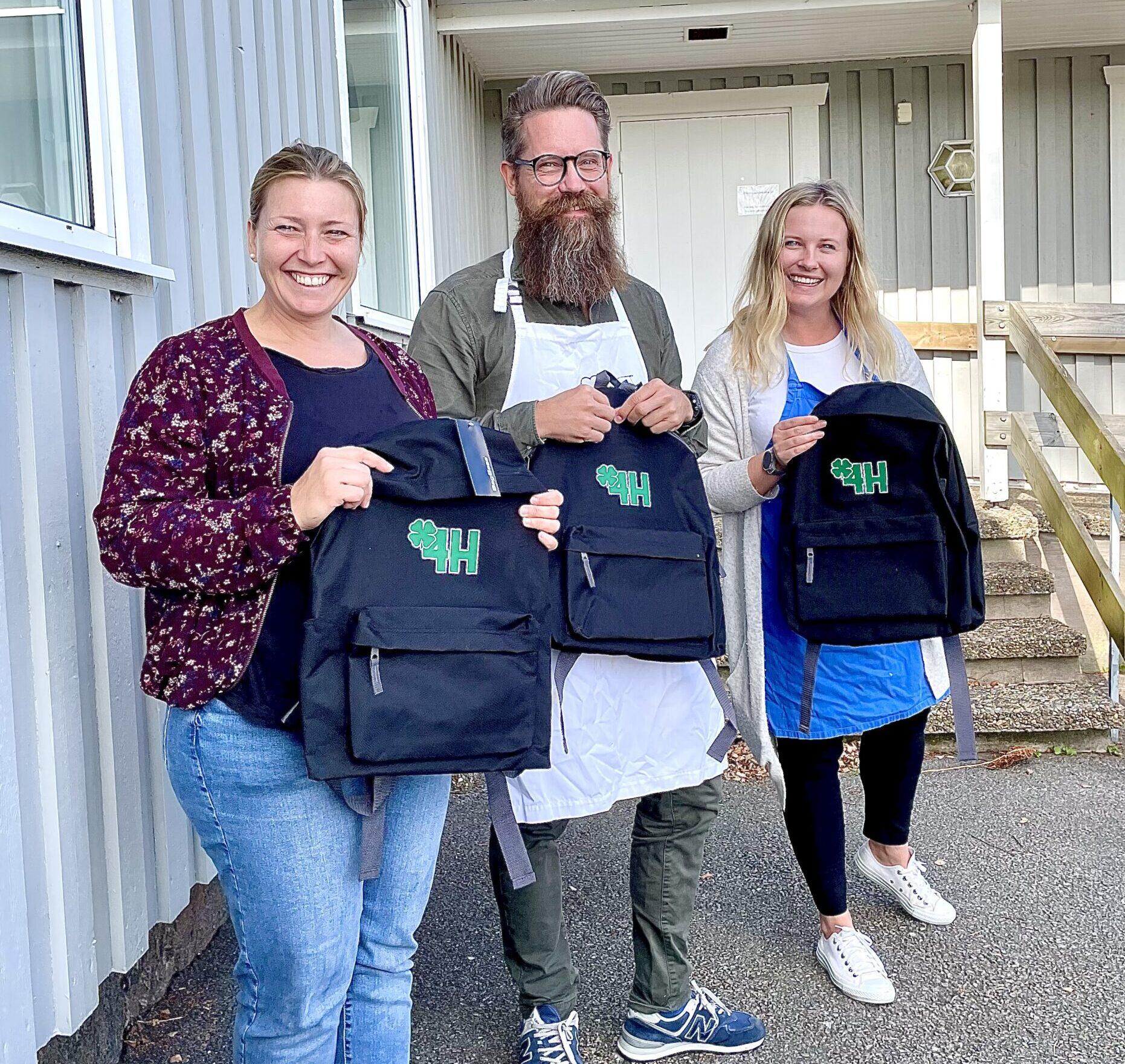 4H invigning - Susanne Thorsson, Henric Nilsson och Jenny Jönsson